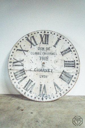 horloge blanche claude chavanel